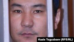 Ерганат Тараншиев, один из фигурантов «Шаныракского дела», во время суда. Алматы, 2007 год.