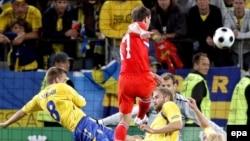 Первый необыкновенный прилив сил российские болельщики ощутили после победы сборной команды России над футболистами из Швеции
