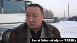 Алмазбек Байсопуев.