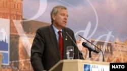 Генеральный секретарь НАТО Яап де Хооп Схеффер на рижском саммите: «североатлантический союз подтвердит важность углубленного диалога с Украиной»