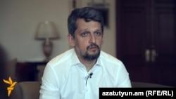 Գարո Փայլանը հարցազրույցի ժամանակ, Ստամբուլ, 13-ը հունիսի, 2016թ.