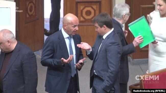 Ігор Кононенко та Сергій Березенко у залі парламенту