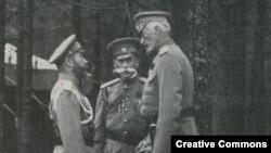 Николай Второй и Великий князь Николай Николаевич (справа). Сентябрь 1914 года