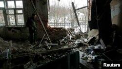 Разрушенное здание в Донецке, Украина, февраль 2017 года.