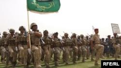 استعراض قوات الأمن العراقية في كربلاء 30 حزيران 2009