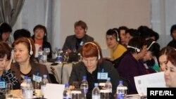 Ширкаткунандагони нишасти зидди қочоқи инсон дар Осиёи Марказӣ. Алмато, 25-уми ноябри соли 2009.
