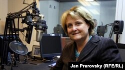 Judith McHale, the undersecretary of state for public diplomacy and public affairs, during a visit to RFE/RL