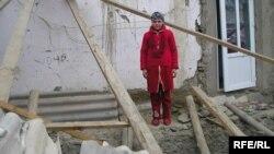 Пайомади заминларзаи моҳи январи соли 2010 дар ноҳияи Ванҷ. Акс аз бойгонӣ.