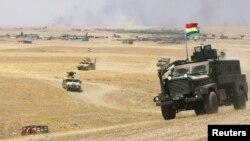 Arxiv: Kürd peşmərgə qüvvələrinin zirehli texnikası Mosul yaxınlığında, 14 avqust 2016