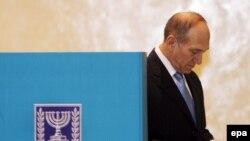 اهود اولمرت، به عنوان یکی از مقصران «ناکامی اسراییل در جنگ» معرفی شد.