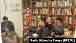 """Diskusija u """"Američkom kutku"""", FOTO: Norbert Šinković"""