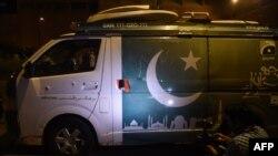 Автомобіль телекомпанії Geo TV після нападу, Карачі, 8 вересня 2015