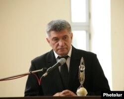 """Aleksandr Sokurov Eçmədzində """"Yeghitsi luys"""" mükafatı alır, 2012-ci il"""