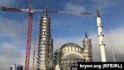 Строительство Соборной мечети в Симферополе. Декабрь 2019 года