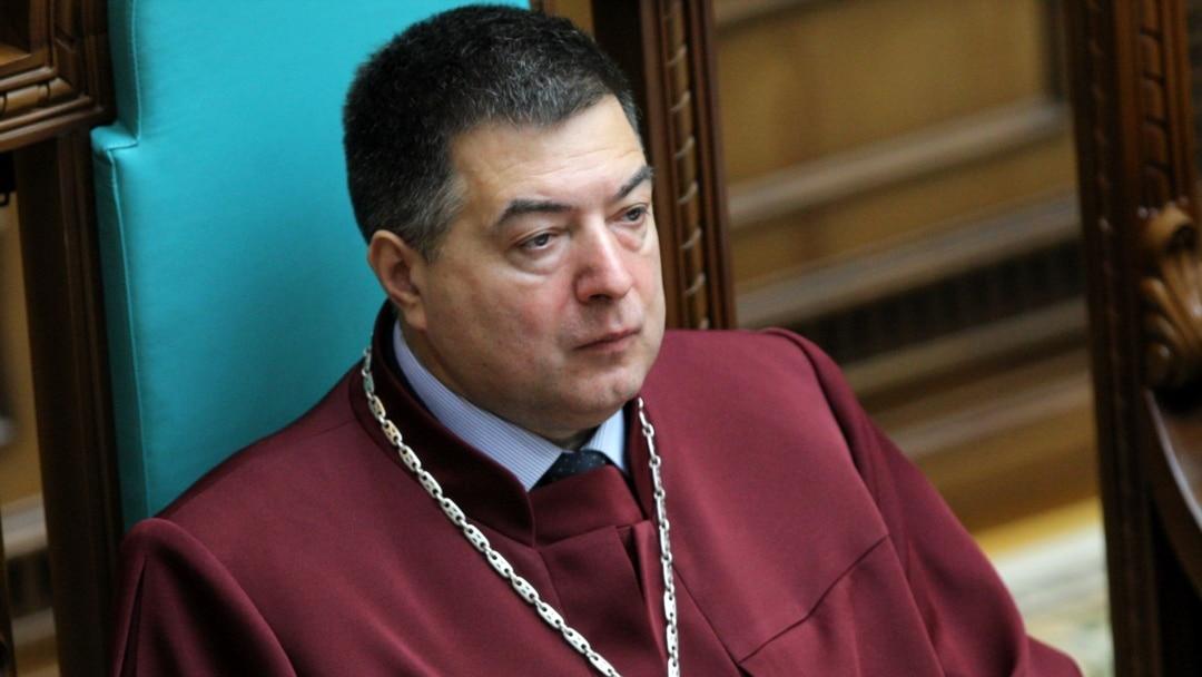 «Схеми» опублікували розмову голови Конституційного суду про причетність до суддівського  шахрайства та отримання хабарів