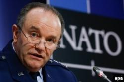 Один из сторонников предоставления летального оружия Украине - генерал Филипп Бридлав