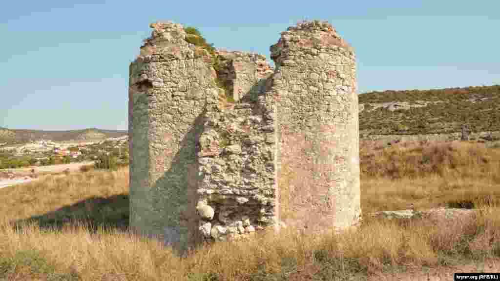 Дальняя башня Каламиты