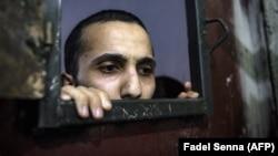 Muškarac osumnjičen za povezanost sa 'Islamskom državom' u zatvoru u sirijskom gradu Hasakeh, 26. oktobar 2019. Ilustrativna fotografija