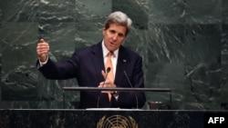 John Kerry gjatë fjalimit të tij në konferencën për Marrëveshjen për Moszgjerim Atomik në OKB