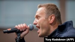 Do Russians Support Alexei Navalny?