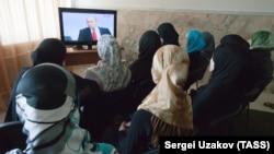 """Трансляция телепрограммы """"Разговор с Владимиром Путиным"""", Грозный, Чечня"""