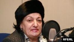 Эльмира Сулейманова в пражской студии РадиоАзадлыг, 26 ноября 2008