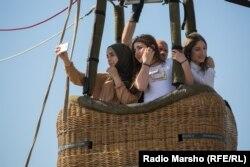 """Арабские журналисты признаются, что """"искали, но не нашли конкуренток чеченским девушкам"""""""