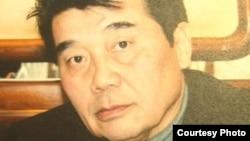 Акежан Кажегельдин, бывший лидер казахской оппозиции, политэмигрант. Фотография из личного архива оппозиционного политика Сахиб Жанабаевой.