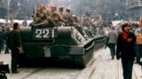 Чешский фотограф запечатлел на снимках вторжение советских войск в Прагу в 1968 году