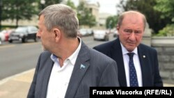 Ахтем Чийгоз (слева) и Ильми Умеров