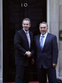 Blair (left) with Nazarbaev at 10 Downing Street on November 21 (AFP)
