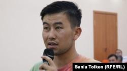 Исключенный из Атырауского университета нефти и газа студент Есхат Болатбек.