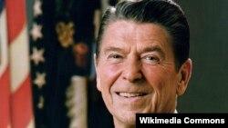 АҚШ-тың қырқыншы (1981-1989) президенті Рональд Рейган. (Көрнекі сурет)