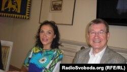 Наталя Ковальова і Пітер Фальк
