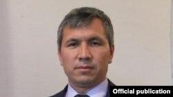 Акрам Мадумаров.