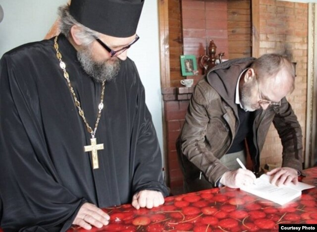 Падчас прэзэнтацыі «Марсіянаў...» уПолацкай грэка-каталіцкай парафіі.