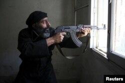Balkan müsəlmanlarını Suriyadakı savaşa cəlb edirlər