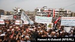 """متظاهرون في ساحة""""الاحرار"""" في الموصل"""