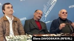 Слева направо: Астамур Айба, Гарик Сангулия, Олег Бгажба