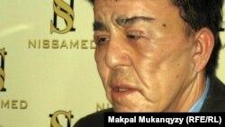 Нуржан Уркешбаев после первых пластических операций. Алматы, 27 декабря 2011 года.