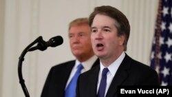 Падчас намінацыі Брэта Каваны (справа) Дональдам Трампам.