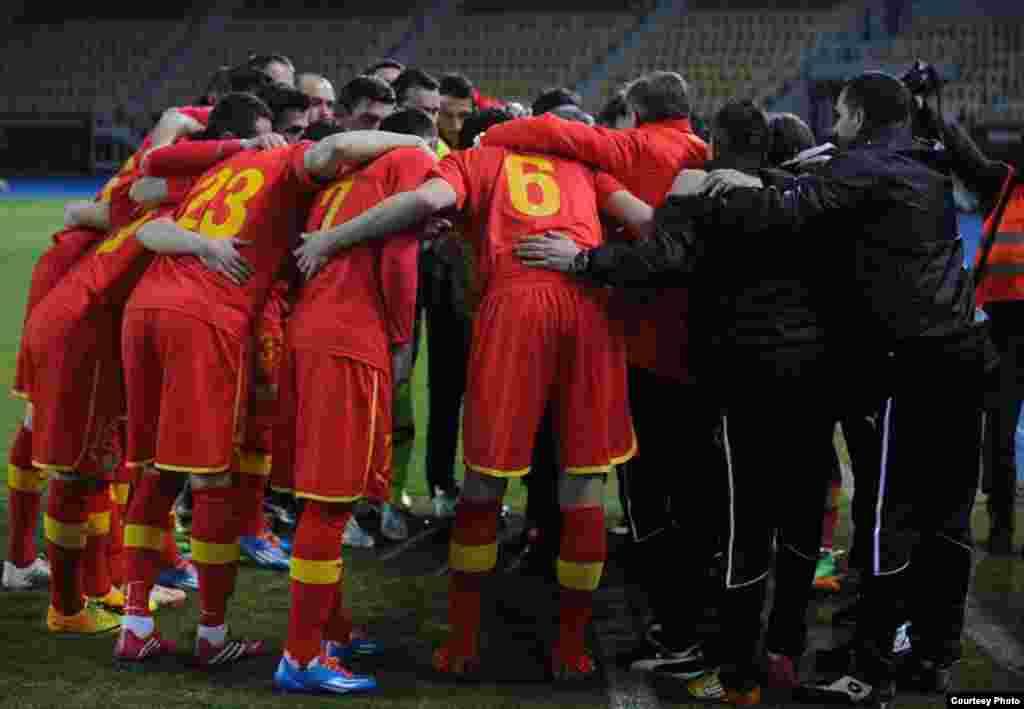 МАКЕДОНИЈА - УЕФА на итен состанок направи промени и ги помести баражите од Лигата на нациите за месец септември по што натпреваро меѓу Македонија и Косово по вторпат е одложен и ќе се игра во нов термин - во септември.
