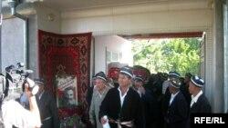 Ҳожибой Тожибоев жанозаси.25 июл¸ 2008