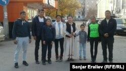 Эки үй-бүлөнүн Бишкектеги жолугушуусу. 1-ноябрь, 2016-жыл.