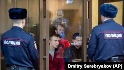 Marinari ucraineni, la un tribunal din Moscova, 12 februarie 2019