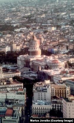 """Фото из книги """"Невиданная Куба"""" Марюса Йовайши"""