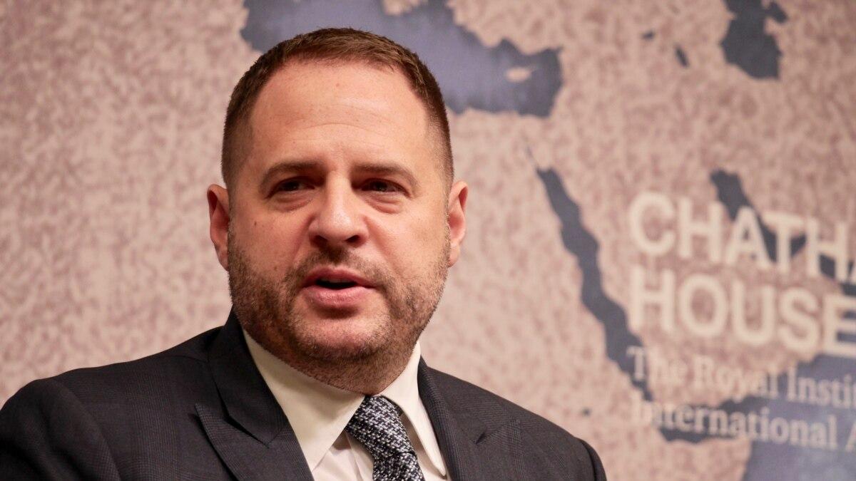 Заявление Ермака о общественный совет, который рассмотрит дело Чорновол, вызвала вопросы у западных обозревателей, правозащитников