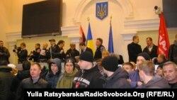 Активісти Євромайдану захопили будівлю ОДА, Дніпропетровськ, 25 лютого 2014 року