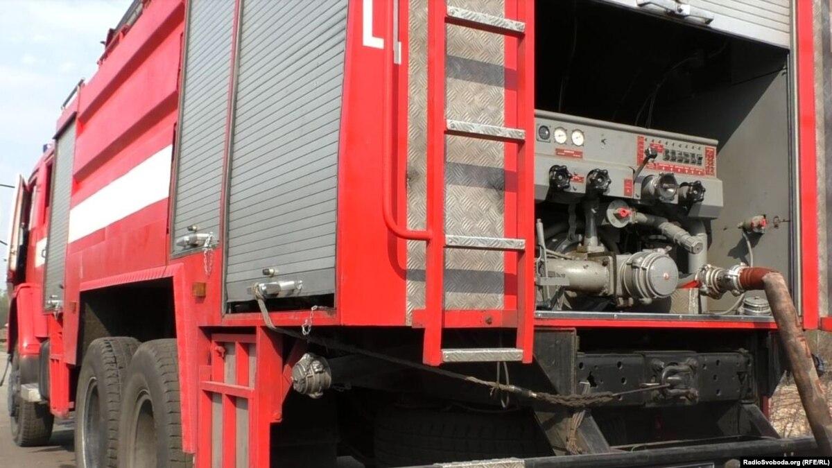 На химзаводе в Калуше продолжается ликвидация пожара – ГСЧС