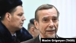 Лев Пономарев в зале Московского городского суда